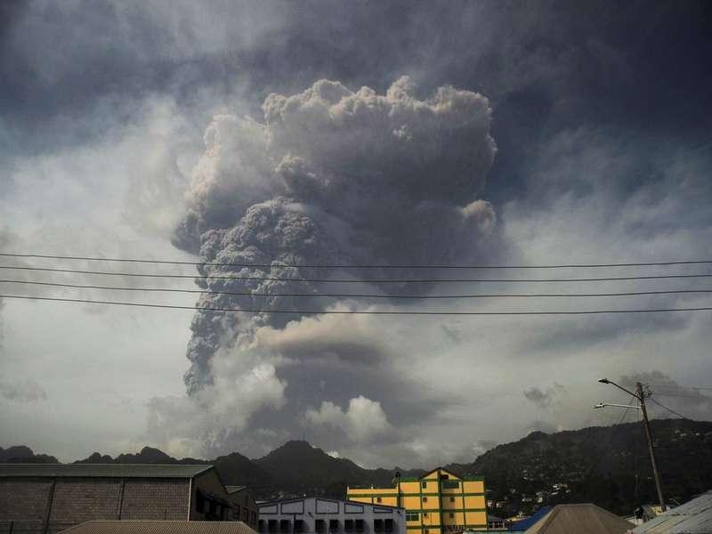 圣文森特的火山爆发:如果您出门在外遭受自然灾害,该怎么办?|国外旅游