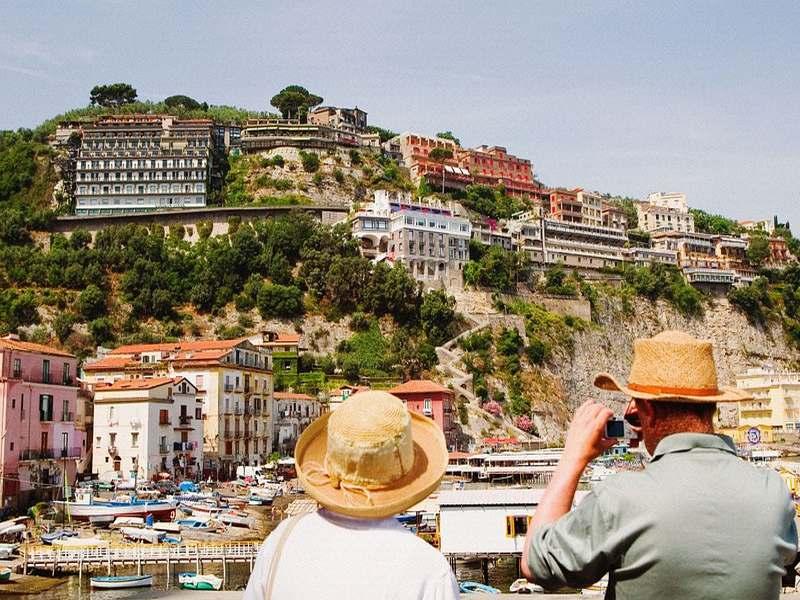 凭什么这个意大利小镇能吸引全世界那么多游客去观光?|意大利 1