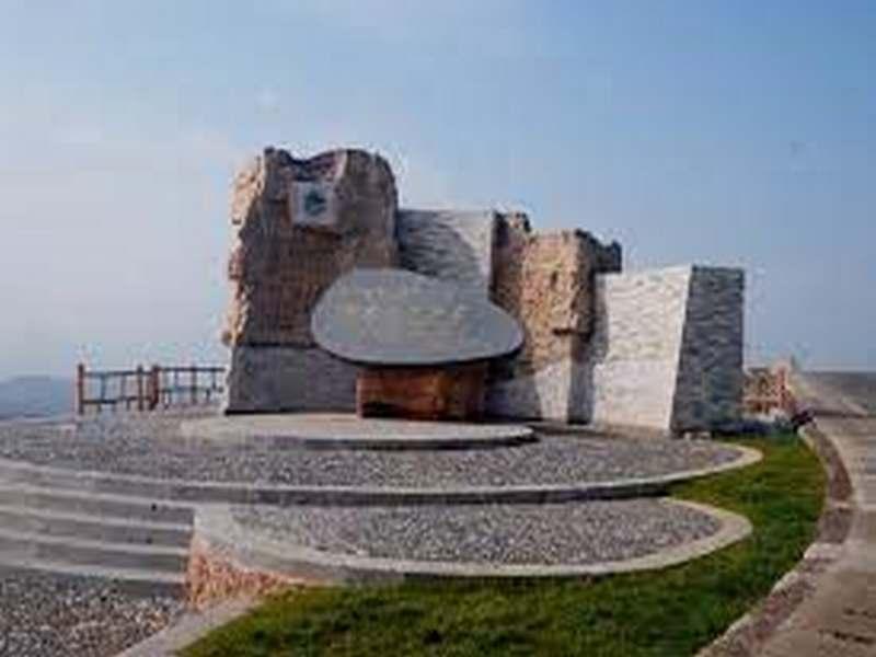 关岭化石群国家地质公园 8
